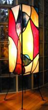Glas in lood lamp op dunne pootjes