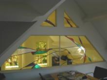 Vide dichtgemaakt met  glas in lood ramen